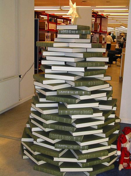 Christmas-tree-books